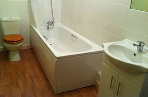 Bathroom Laminate Flooring Leicester (LE1)